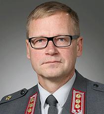 Pääesikunnan suunnitteluosaston digitalisaatiojohtaja eversti Timo Viinikainen.