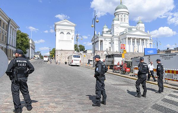 Trumpin ja Putinin tapaaminen Helsinki Summit 2018 turvajärjestelyt