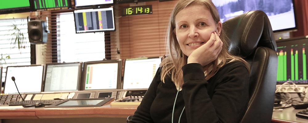 Radio Suomen juontaja Minna Hannula.