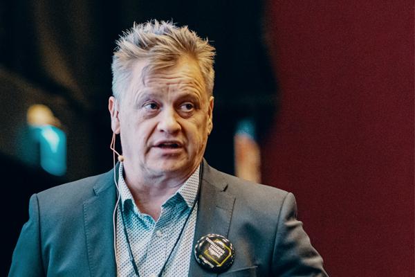 Verkkopäällikkö Harri Hildén.