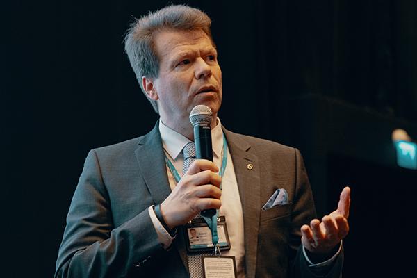 Aaro Toivonen.