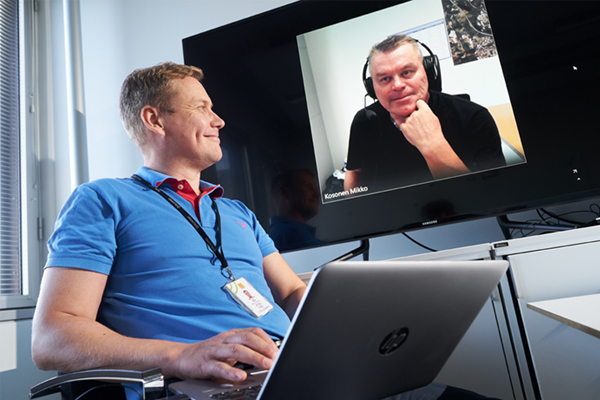 Tuotantopäällikkö Esa Wörlin ja turvallisuuspäällikkö Mikko Kosonen.