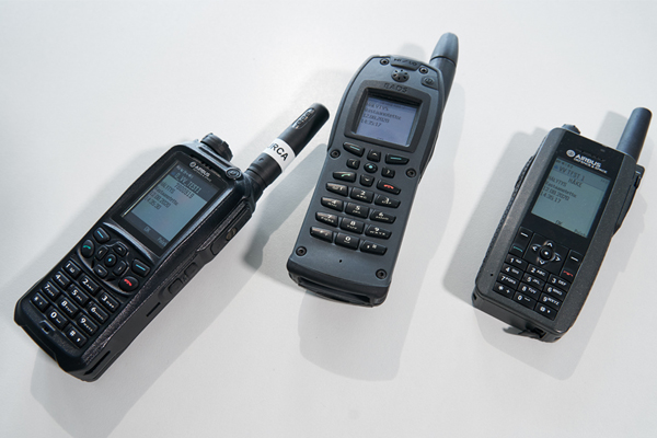 Virve-devices on a table.